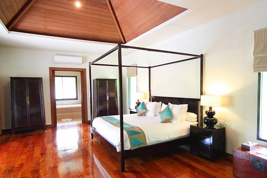 Master Bedroom-narumon-villa_5-bedroom_serviced-pool-villa_nai-harn_phuket_thailand