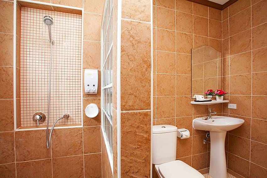 Shower Timberland Lanna Villa 303 in Bangsaray Pattaya