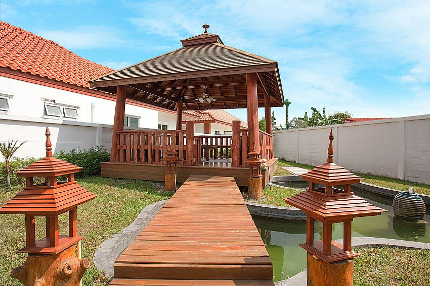 Pavilion in garden Timberland Lanna Villa 305 in Bangsaray Pattaya
