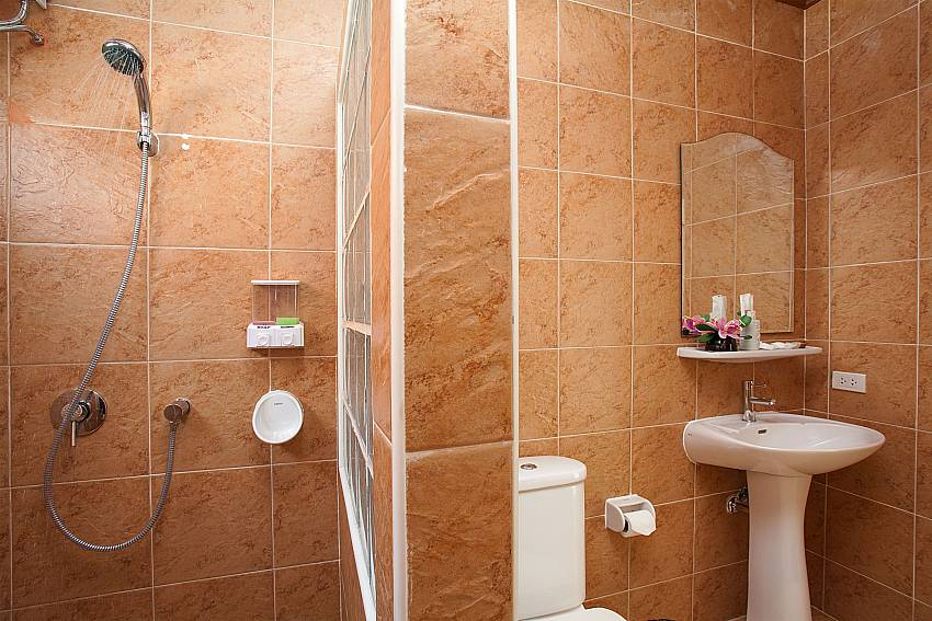 Shower Timberland Lanna Villa 305 in Bangsaray Pattaya