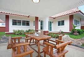 Timberland Lanna Villa 306 | 3 Schlafzimmer Haus Bangsaray Pattaya