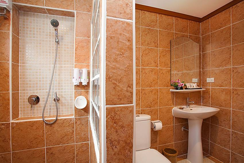 Shower Timberland Lanna Villa 306 in Bangsaray Pattaya