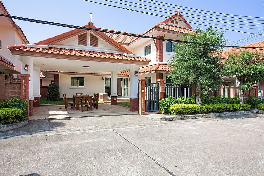 Front of property Timberland Lanna Villa 401 in Pattaya