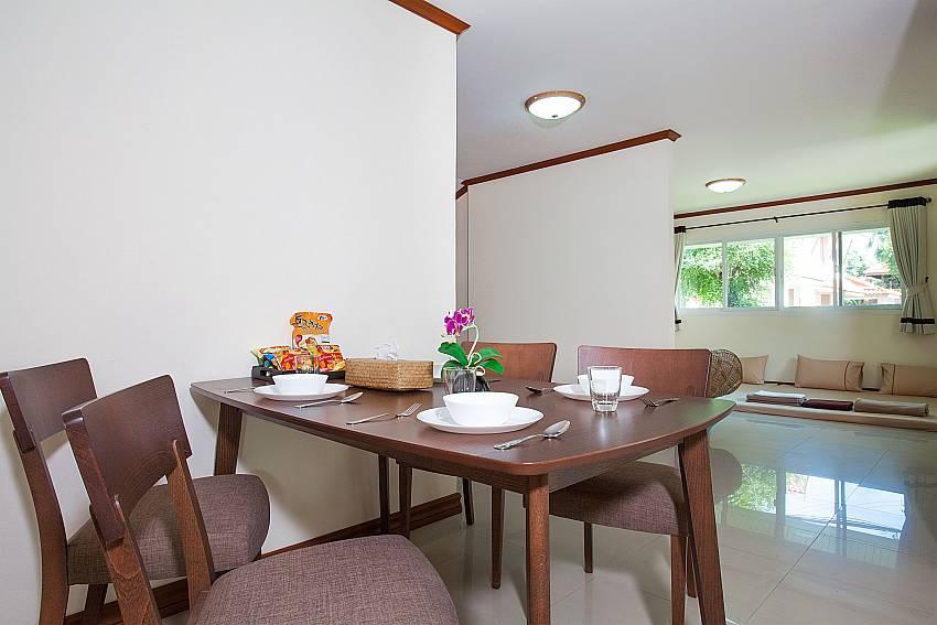 Dinning area Timberland Lanna Villa 401 in Pattaya