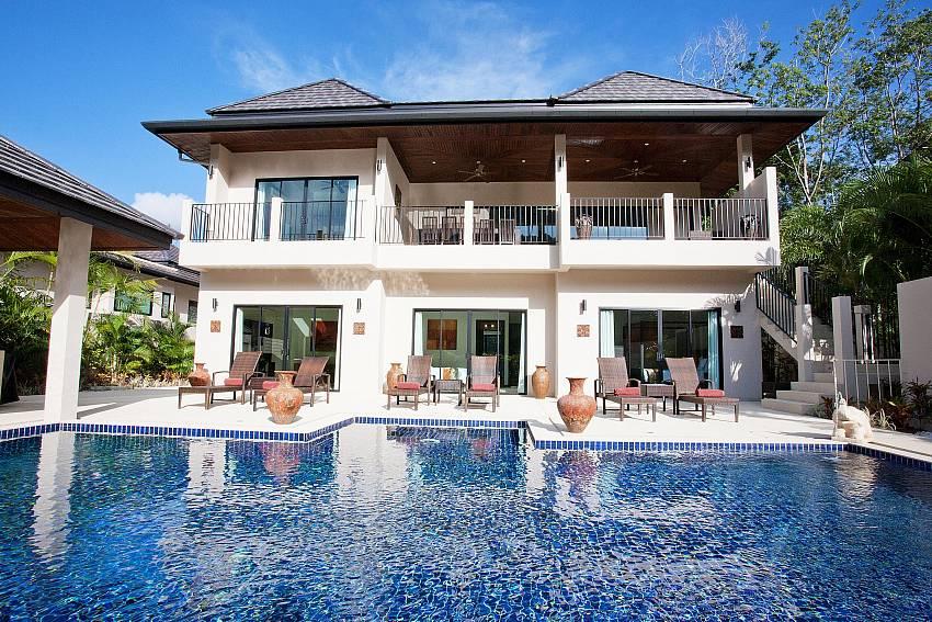 Private Pool and Villa-waew-opal_6-bedroom_private-pool-villa_nai-harn_phuket_thailand