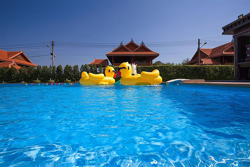 Swimming pool Timberland Lanna Villa 402 in Bangsaray Pattaya