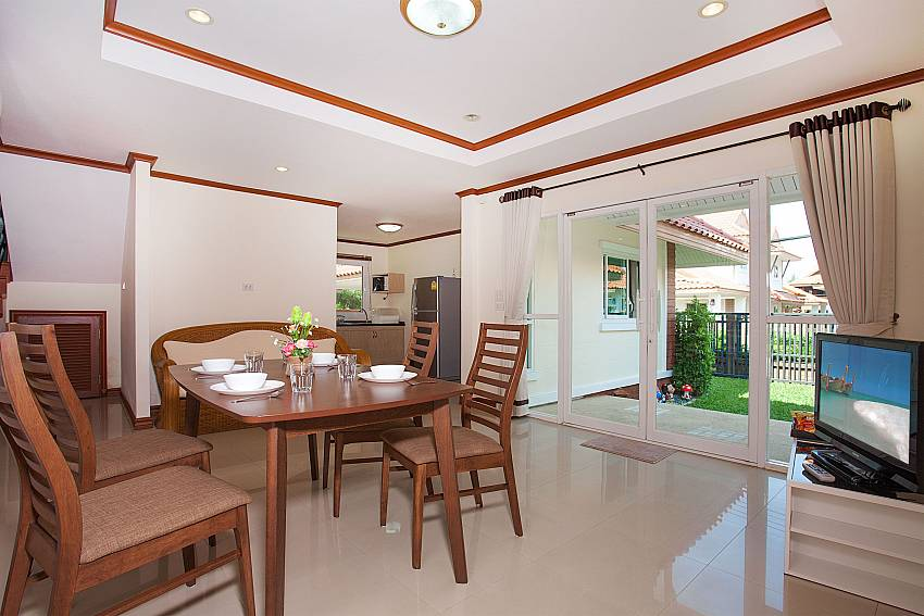 Dinning area with TV Timberland Lanna Villa 402 in Bangsaray Pattaya