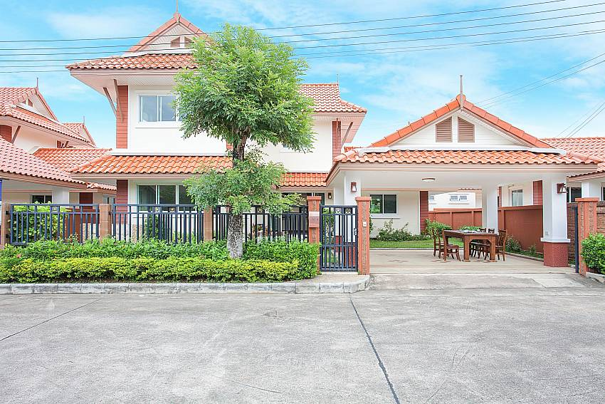 Front of property Timberland Lanna Villa 403 in Pattaya