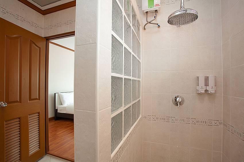 Shower Timberland Lanna Villa 403 in Pattaya
