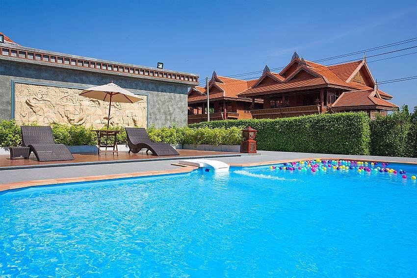 Sun bed near Timberland Lanna Villa 202 in Pattaya