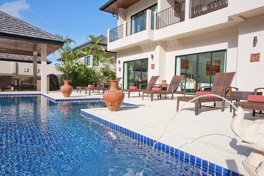 Waew Opal is a great holiday rental in Phuket for big families