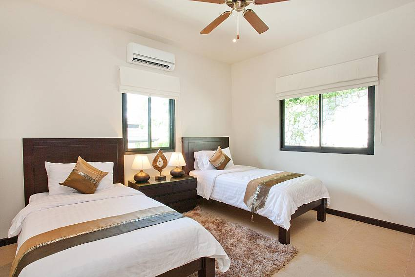Twin Bed Room-waew-opal_6-bedroom_private-pool-villa_nai-harn_phuket_thailand