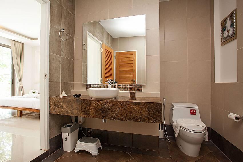 Bathroom Villa Ajay Samui in Plai Laem Koh Samui