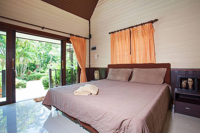 1.bedroom in main house of Villa Damini in Southeast Samui Thailand