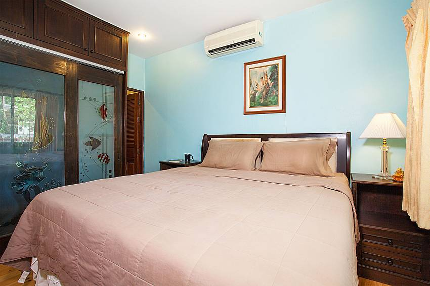 Kingsize bed in 4. bedroom of Villa Damini Samui Thailand