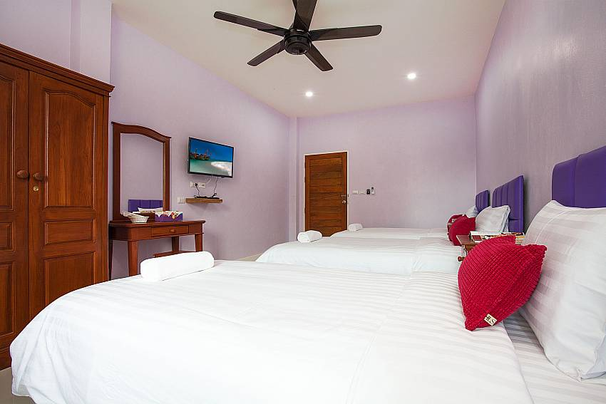 Bedroom with TV Melodious Villa in East Pattaya
