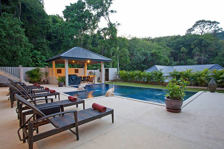 Pool Sala and Sun-deck-pagarang-villa_6-bedroom_luxury-pool-villa_nai-harn_phuket_thailand