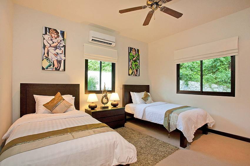 Twin Bedroom-pagarang-villa_6-bedroom_luxury-pool-villa_nai-harn_phuket_thailand