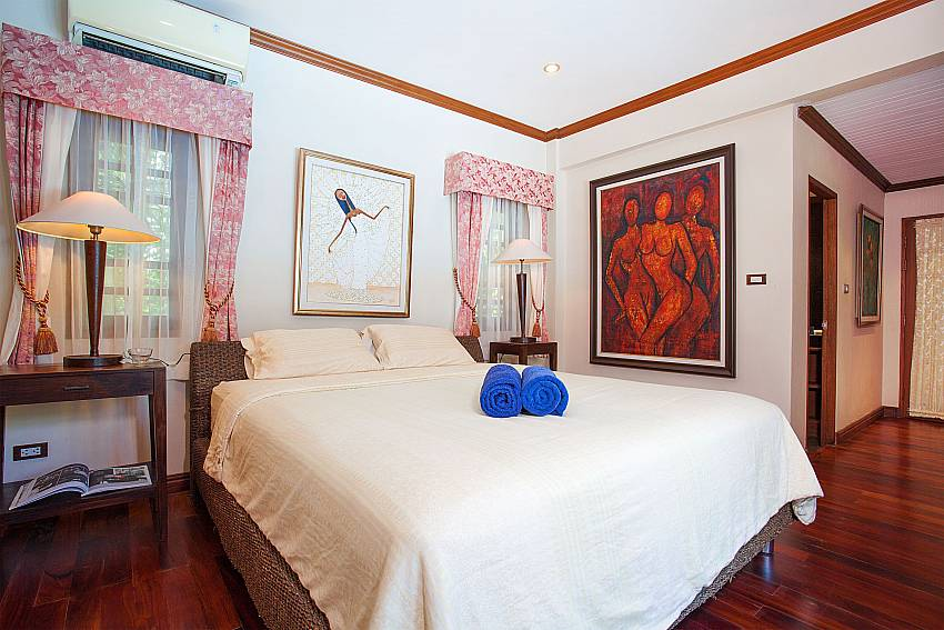 Kingsize bed in master bedroom of Villa Armorela 201 in Bangtao Phuket