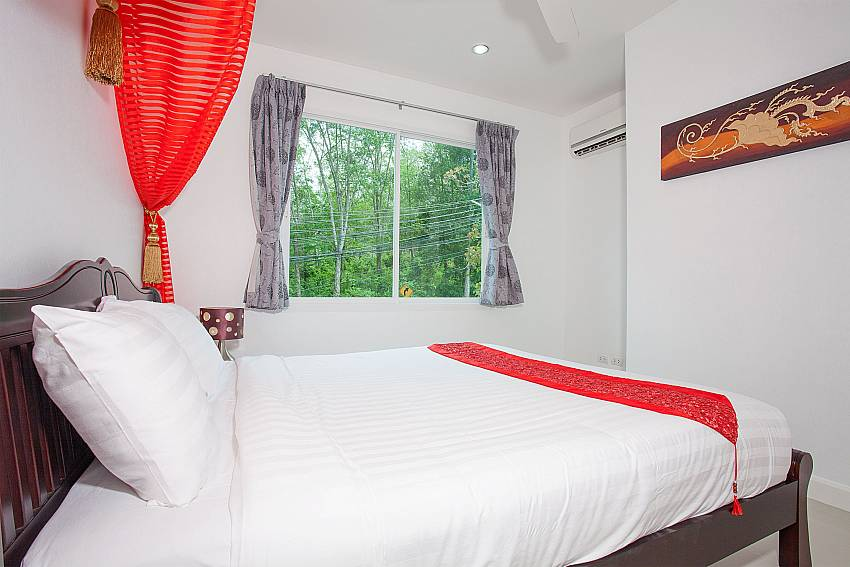 4. king-size bedroom in Big Buddha Hill Villa 2 Phuket