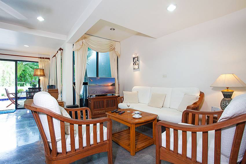 Lounge with TV at Villa Dooriya in Kathu Central Phuket