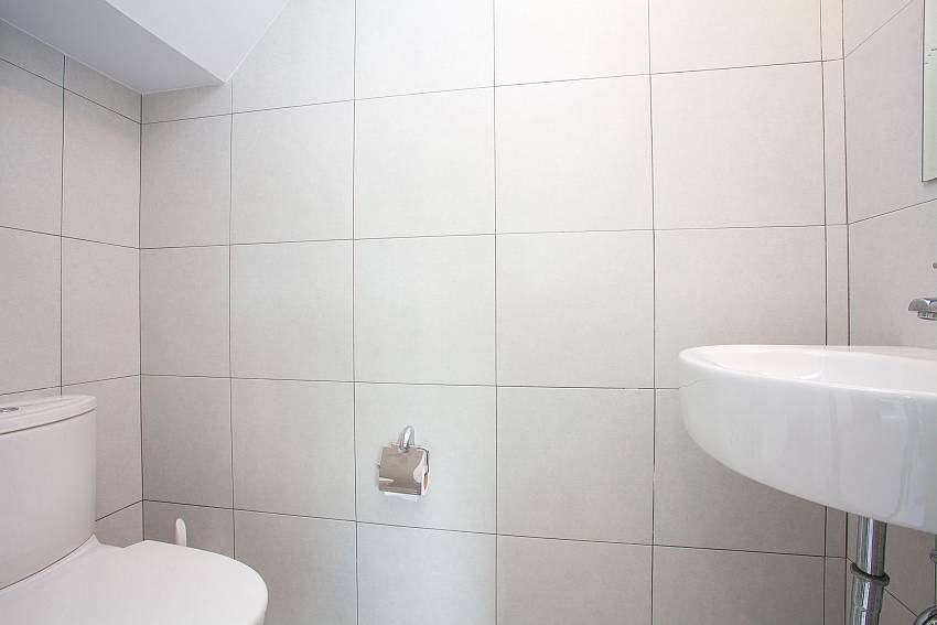 guest toilet Villa Maimia 301 in Koh Samui