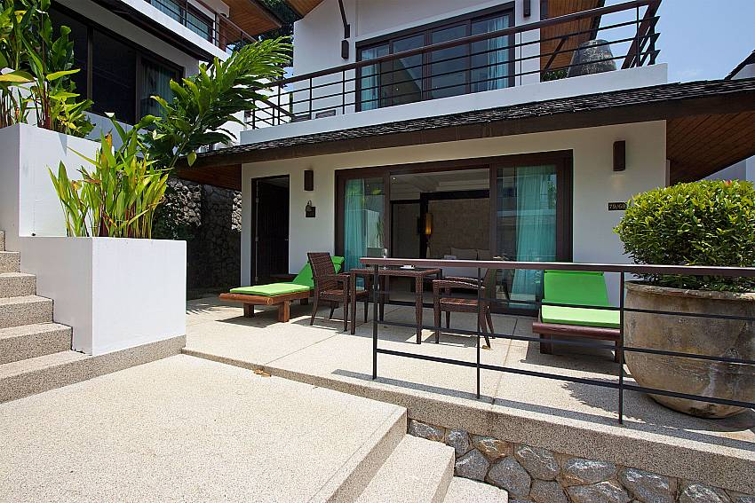 Terrace with Dining table and sunchairs at Nirano Villa 26 Phuket