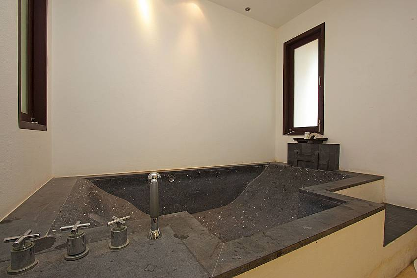 Master bathroom with bath tube at Nirano Villa 26 Phuket
