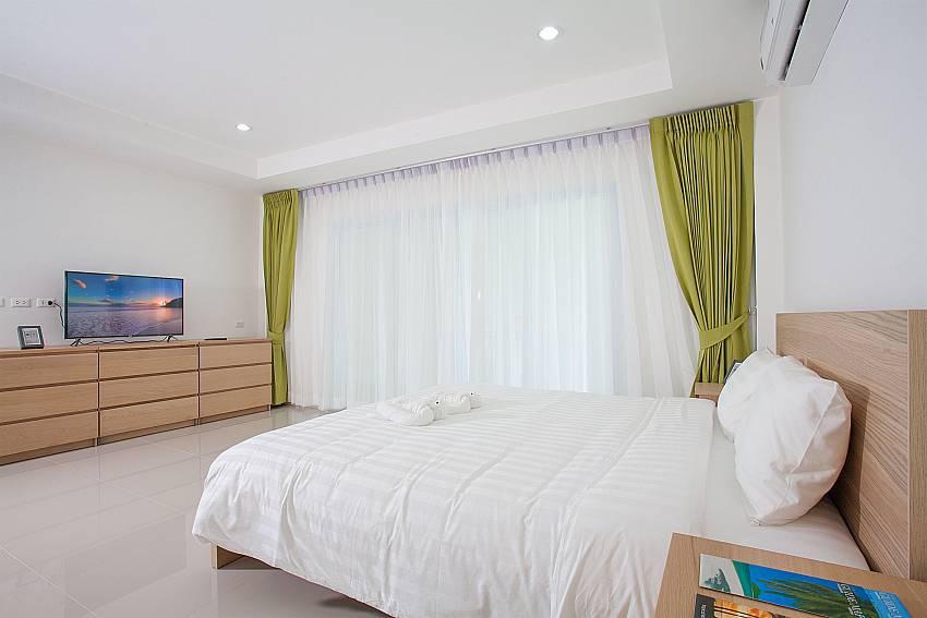 Guest bedroom on 1st floor of Villa Inigo No.2 Choengmon Koh Samui