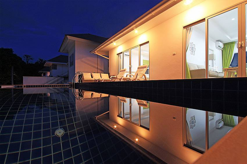 3 bed Villa Inigo No.3 by night at Chonengmon Samui Thailand