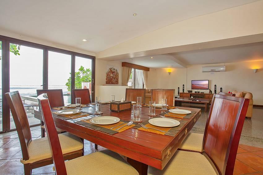 Villa Balie open plan living and dining at Phuket