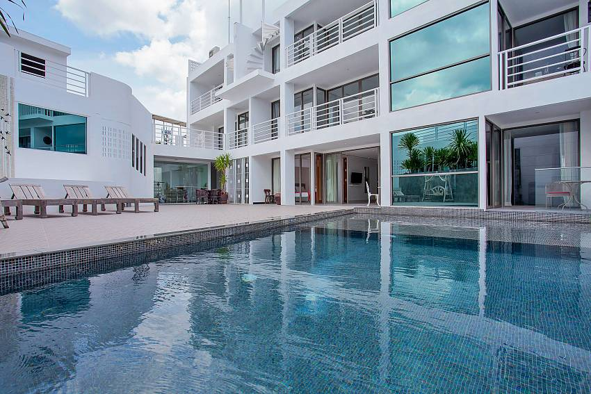 Sadhay A2 Condo with communal pool in Patong Phuket