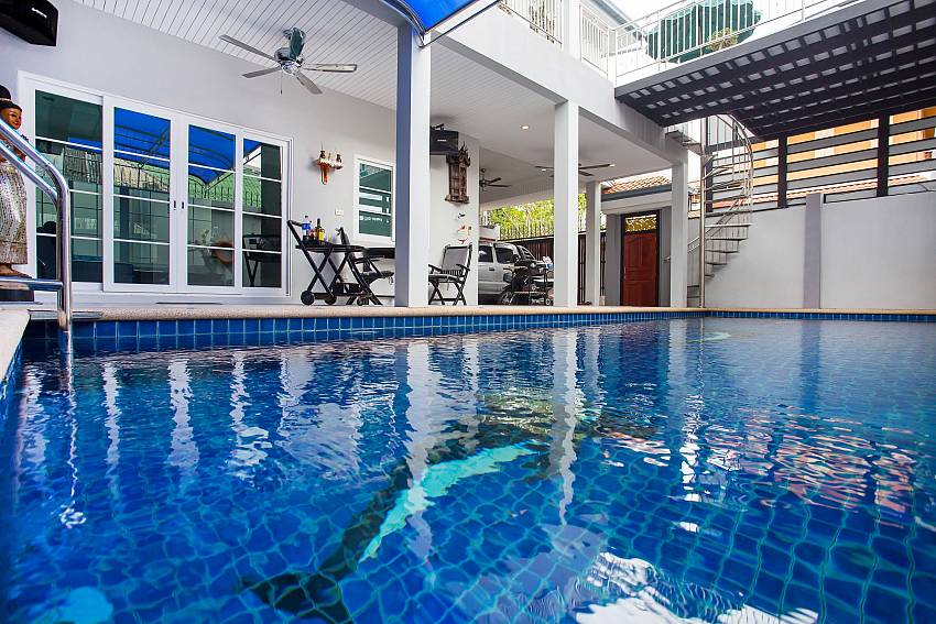 Jomtien Sunrise Villa with pool 6 persons