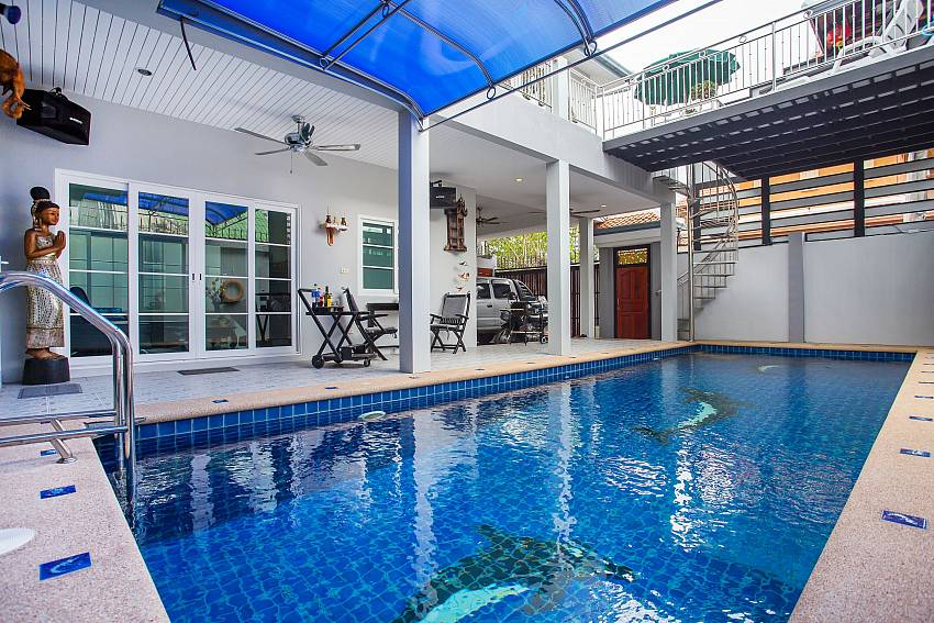 Jomtien Sunrise Villa with 3 bed and pool Pattaya