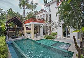 Rustic Gold Villa | 4 Bed Pool House in Na Jomtien Pattaya