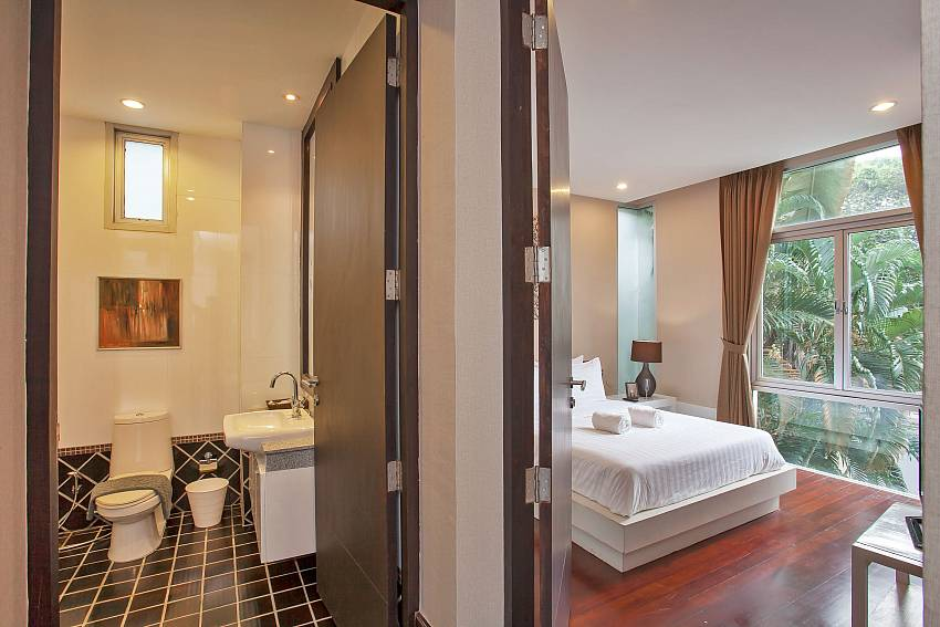 3. bedroom with bathroom Rustic Gold Villa Pattaya