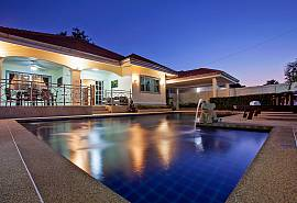 Baan Kinara | 3 Bed Pool Villa in Jomtien Pattaya