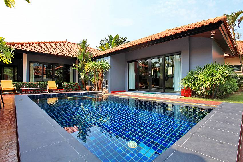 Fandango Villa 3 Bed Pool Villa At Na Jomtien South Of