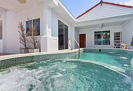 Vogue Villa | 3 Bed Modern Holiday Home in Central Pattaya