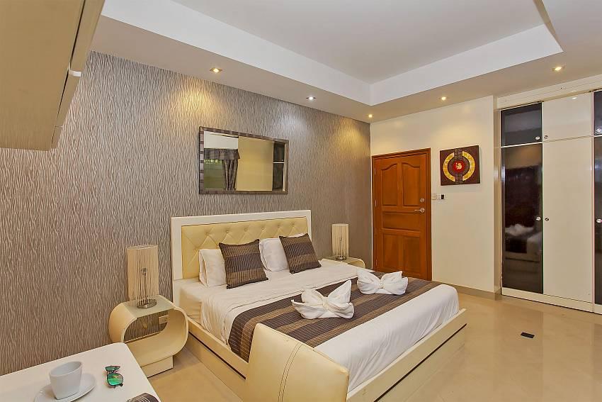 3. double bedroom at Pattaya Presidential Villa near Jomtien beachroad