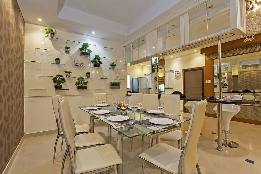 top-modern dining table for 8 persons at the Pattaya Presidential Villa