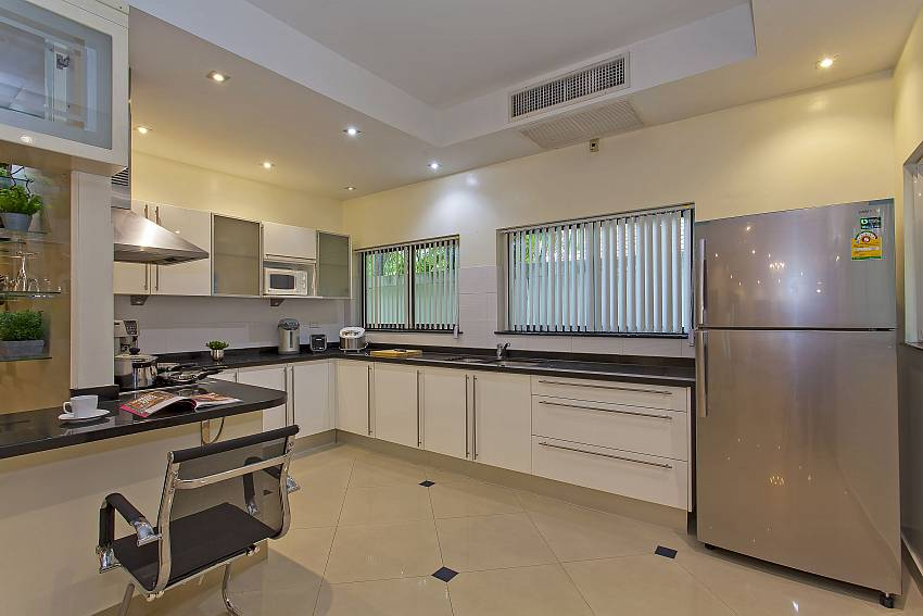 this big modern kitchen at Pattaya Presidential Villa has everything for your cooking