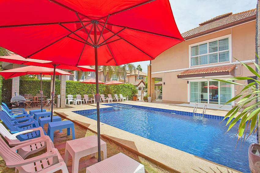 4 bedroom Moonlight Villa with private pool area in South Pattaya