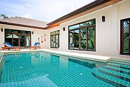 Villa overlooking Andaman Ocean