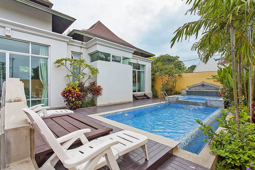 4 bedroom Silver Sky Villa with private pool in Central Pattaya