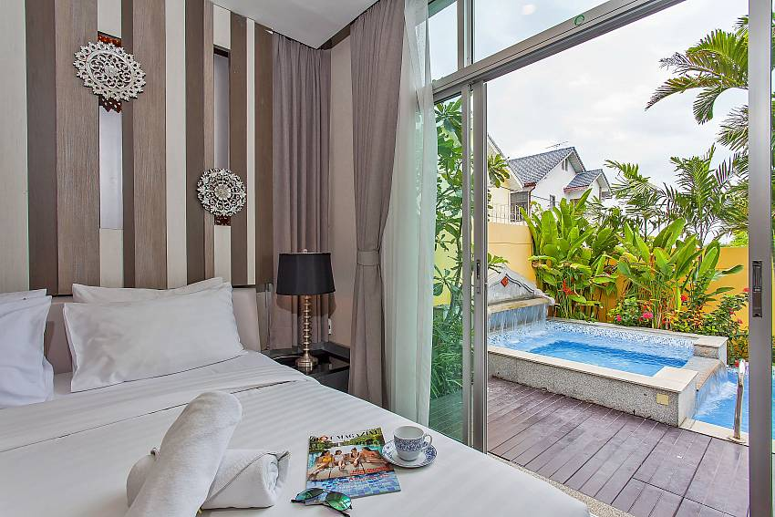 Jump straight from your king size bed in the master bedroom into the private pool at Pattaya Silver Sky Villa