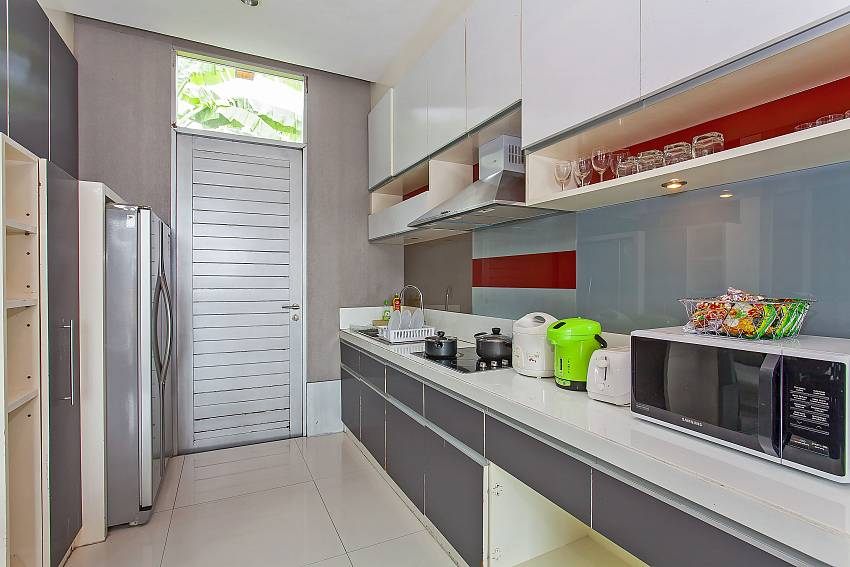 European style kitchen at the Silver Sky Villa in Central Pattaya