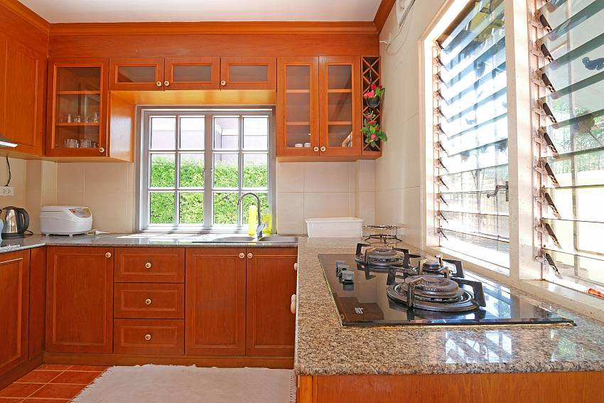 spacious western style kitchen in Villa Amiya south pattaya