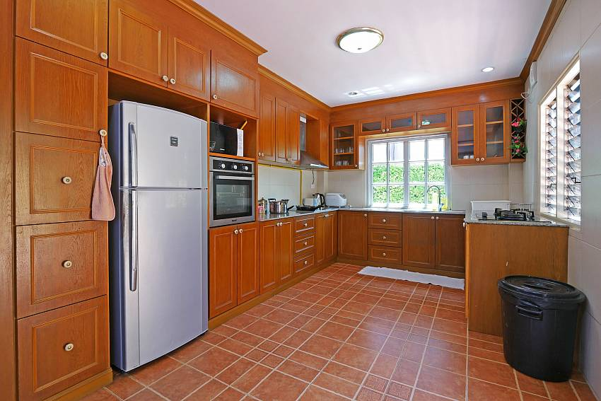 The kitchen at Villa Amiya in Pattaya is perfect for self catering