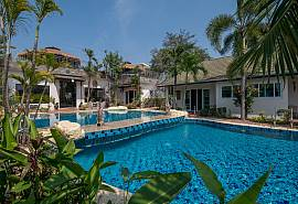 Phoenix Luxury Resort | 6 Bedrooms Thai Resort at Phoenix Golf Pattaya